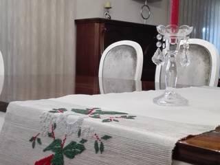 Mesa:   por Linho de Cerva e Limões
