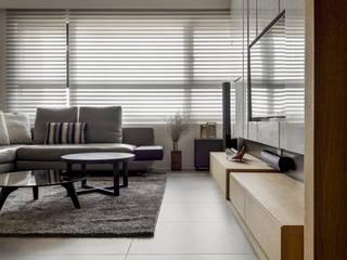 洗滌身心。療癒自然宅 大荷室內裝修設計工程有限公司 现代客厅設計點子、靈感 & 圖片