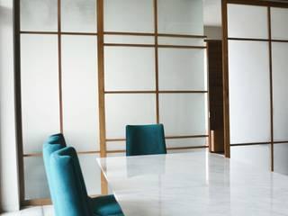 Apartment Interiors in Jubilee Hills Minimalist dining room by 29 studio Minimalist