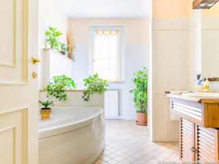 Summer Mini Staging: Bagno in stile  di Venduta a Prima Vista