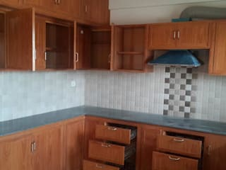 balabharathi pvc interior design KitchenCabinets & shelves Plywood Wood effect