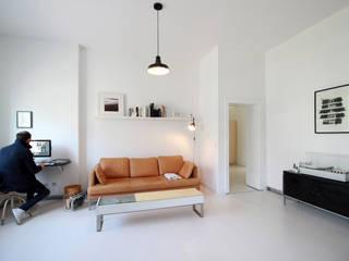 Umbau in Köln PlanBar Architektur Industriale Wohnzimmer