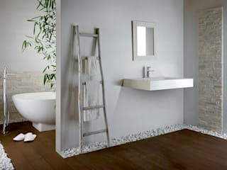Modern bathroom by FRISONE SRL Modern
