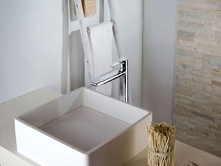 Bathroom by FRISONE SRL