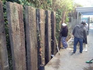 Obras Verdes: Jardines de estilo industrial por LANDSCAPE