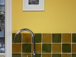 Kitchen Tile Installation:  Walls by Deiniol Williams Ceramics