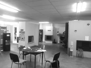 """Show Room 250m² """"Les cheminées Guyomard"""" au Neubourg 27 par Louise EDOUIN TD Architecture Rouen"""
