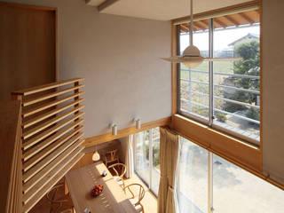 ห้องนั่งเล่น by 竹内建築設計事務所