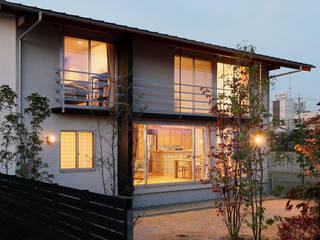 บ้านและที่อยู่อาศัย by 竹内建築設計事務所