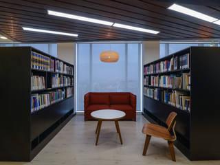 Oficinas Vanguardistas: Estudios y biblioteca de estilo  por Sociedad Constructora Atenas