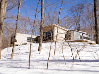 exterior view in the winter:  Houses by JMKA architects
