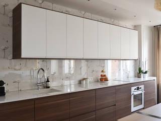 Cuisine américaine - Appartement Paris 15e: Cuisine de style de style Moderne par A comme Archi