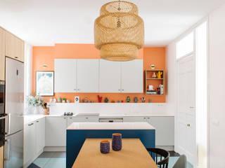 Cocina en zona Chamberi, Madrid: Cocinas de estilo escandinavo de nimú equipo de diseño