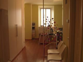Couloir, entrée, escaliers modernes par Simone Cipollini Architetto Moderne