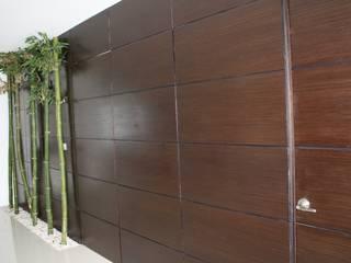 Modern Walls and Floors by ESTUDIO 5 DISEÑO Y DECORACIÓN Modern