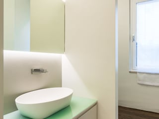 CST | White box apartment Bagno minimalista di PLUS ULTRA studio Minimalista