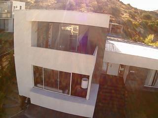 VIVIENDA EN CHICUREO, CONDOMINIO LA RESERVA Casas de estilo mediterráneo de ARQUITECTURA VANGUARDIA Mediterráneo