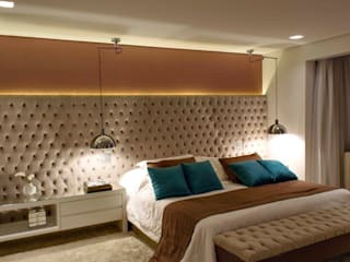 Bedroom by RAWI Arquitetura + Interiores,