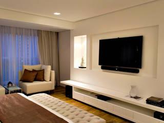 RAWI Arquitetura + Design Kamar Tidur Modern