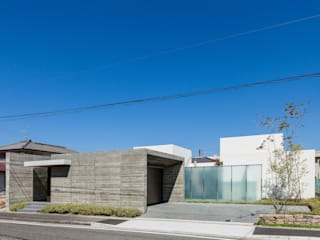 Minimalist houses by Architet6建築事務所 Minimalist