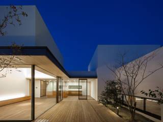 神沢の家: Architet6建築事務所が手掛けた庭です。,