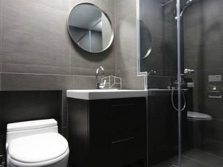 모던한 느낌의 아파트 인테리어_35py: 홍예디자인의  욕실