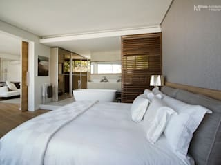 Clifton Apartment:  Bedroom by Make Architects + Interior Studio,