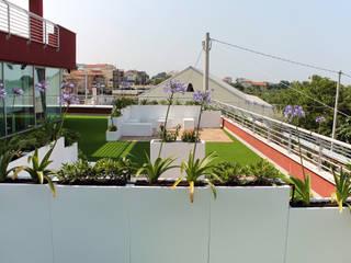 بلكونة أو شرفة تنفيذ SPAZIODABITARE architects, حداثي