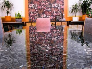 Portare il colore in salotto: Sala da pranzo in stile in stile Eclettico di Dima snc di Maiocchi Dario e c.