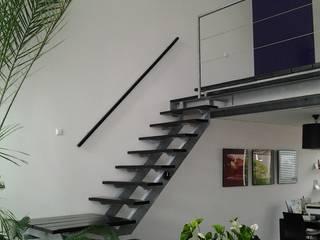 Koridor & Tangga Modern Oleh Studio Kuin BNI Modern