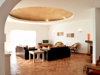Terracota dome Rustic style living room by Engel & Voelkers Vilamoura Rustic