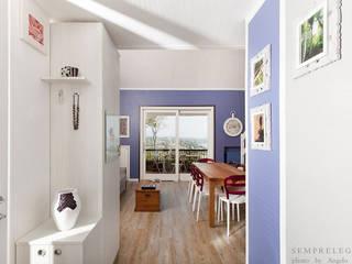 Koridor & Tangga Modern Oleh Semprelegno Modern