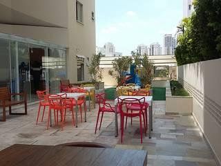 Modern garden by LK estudio de design Modern