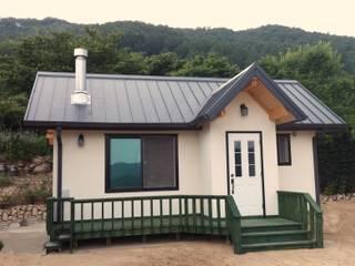 Modern Houses by 보국주택 Modern