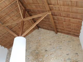 Casa de Campo | Albufeira Castelo de Bode | Abrantes: Salas de estar  por Paulo Miguez Arquitectos,Moderno