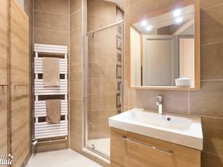 Salle d'eau naturelle: Salle de bains de style  par Carnets Libellule