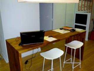 Plan de travail épais bureau:  de style  par FLIP DESIGN