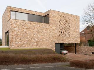 G31: moderne Huizen door das - design en architectuur studio bvba