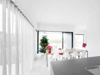 G31: moderne Keuken door das - design en architectuur studio bvba