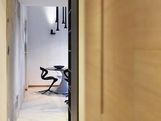 Pasillos, vestíbulos y escaleras de estilo moderno de Studio Vesce Architettura Moderno