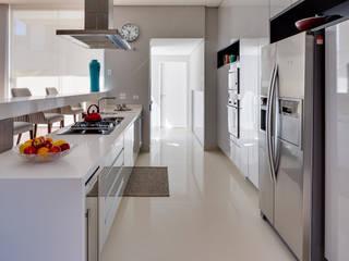 Кухня в стиле модерн от Arqbox Модерн