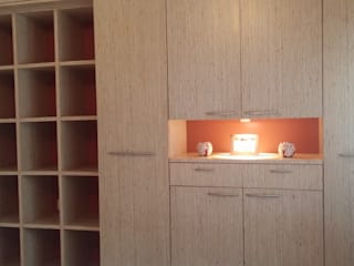 Wardrobe: modern Bedroom by Nandita Manwani