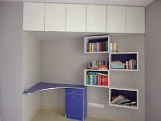 Study Unit: modern Study/office by Nandita Manwani
