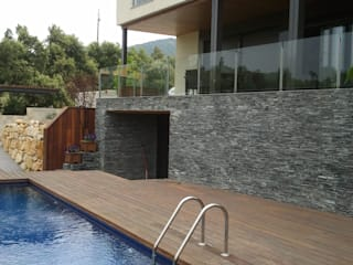 Vivienda unifamiliar en Testero Casas de estilo moderno de Estudi d'Arquitectura Lluis Tort Moderno