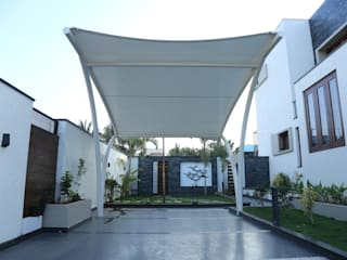 A tensile fabric car shed Modern garage/shed by Hasta architects Modern