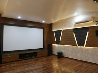Home theatre:  Media room by Hasta architects