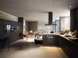 Havana Brown Miele Appliances: modern Kitchen by Hehku