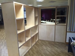 Room divider and storage de Kobod Ltd Moderno