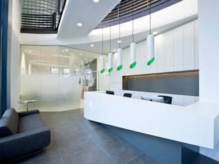 Werbeagentur Strobl Kriegner Group destilat Design Studio GmbH Moderne Bürogebäude