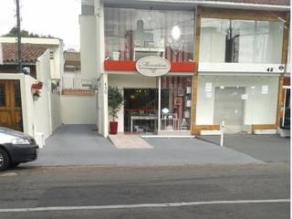Modern offices & stores by LK estudio de design Modern